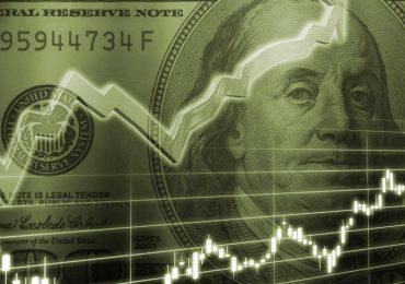 Почему вырос курс доллара, а нефть осталась на месте?