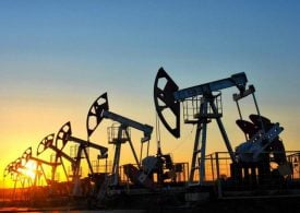 The price outlook for Brent oil - what the experts say