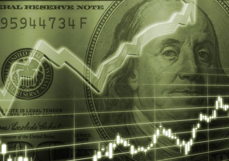 Why the dollar rose while oil has remained stable?