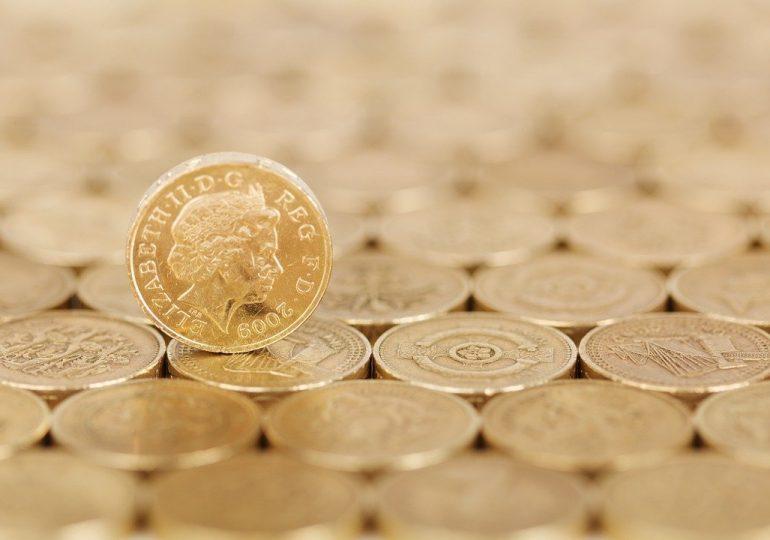 Почему в Великобритании фунт упал: последствия процедуры Brexit