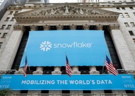 Компания Salesforce инвестировала в IPO Snowflake